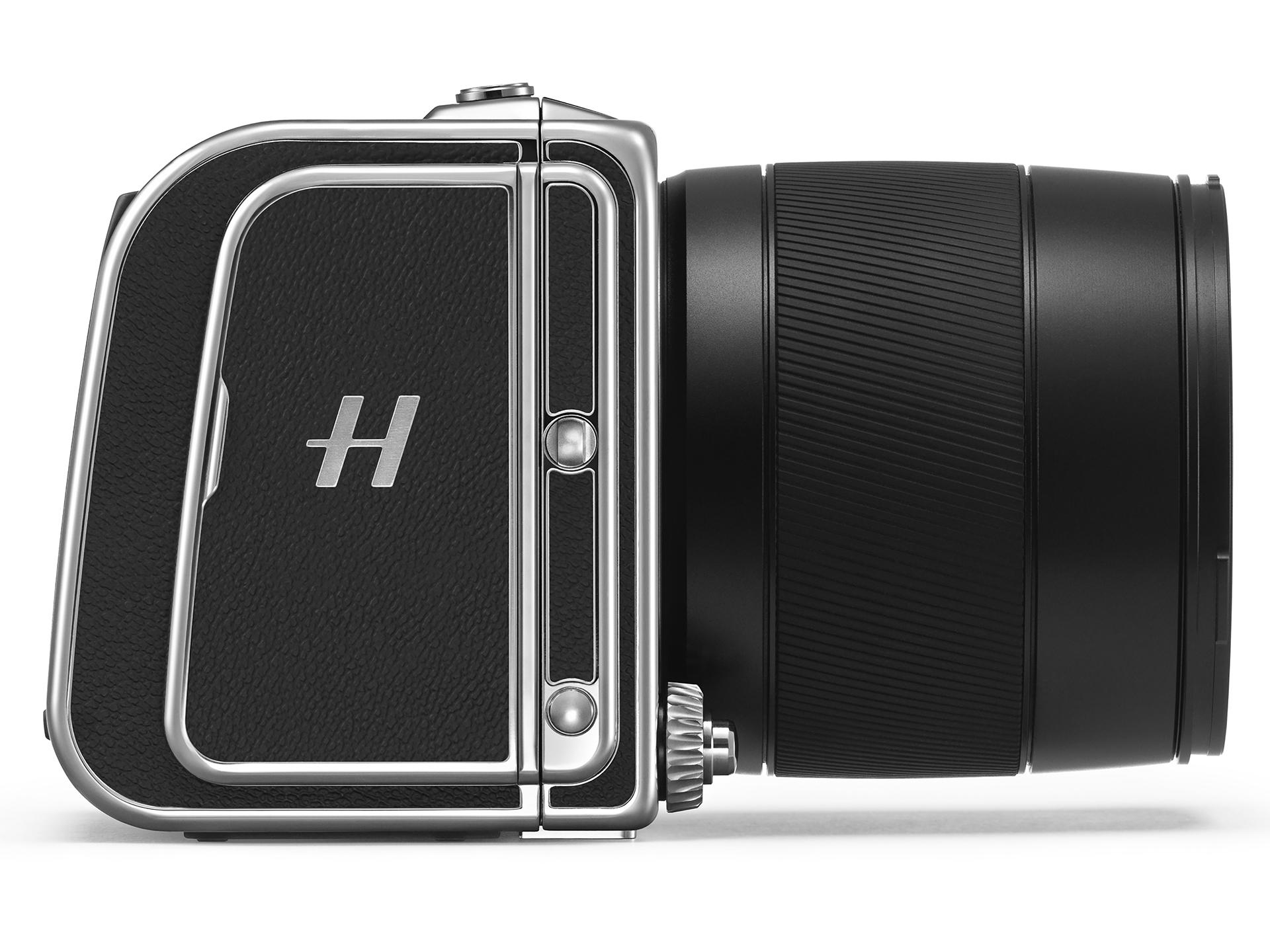 Hasselblad updates CFV digital back for V-system film