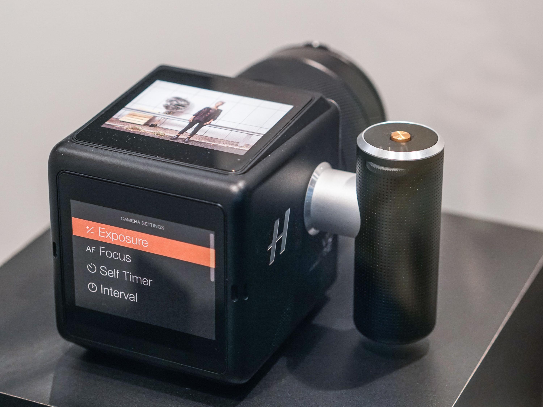 Hasselblad updates CFV digital back for V-system film cameras