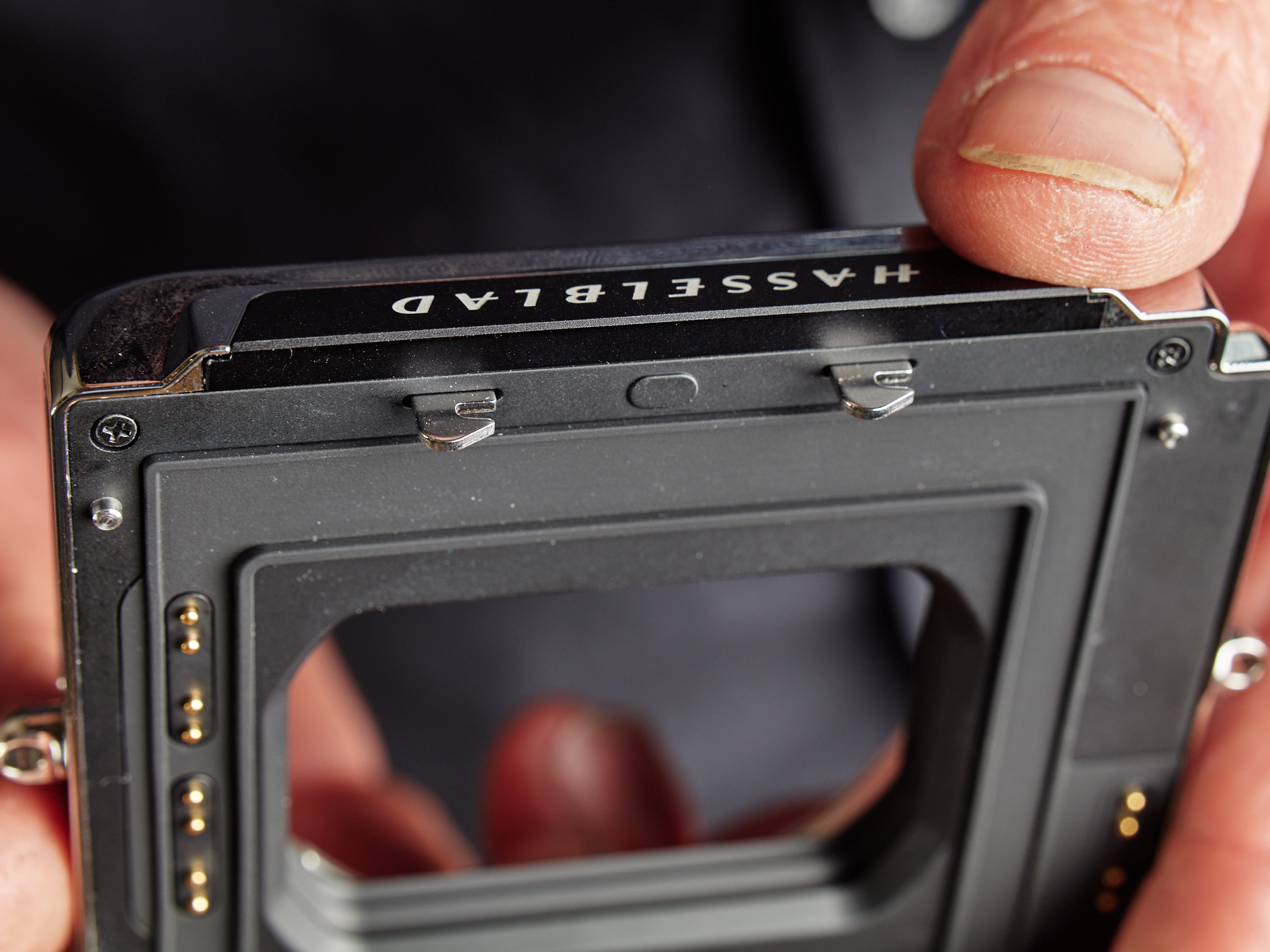 Hands-on with the Hasselblad CFV II 50C and 907X – My