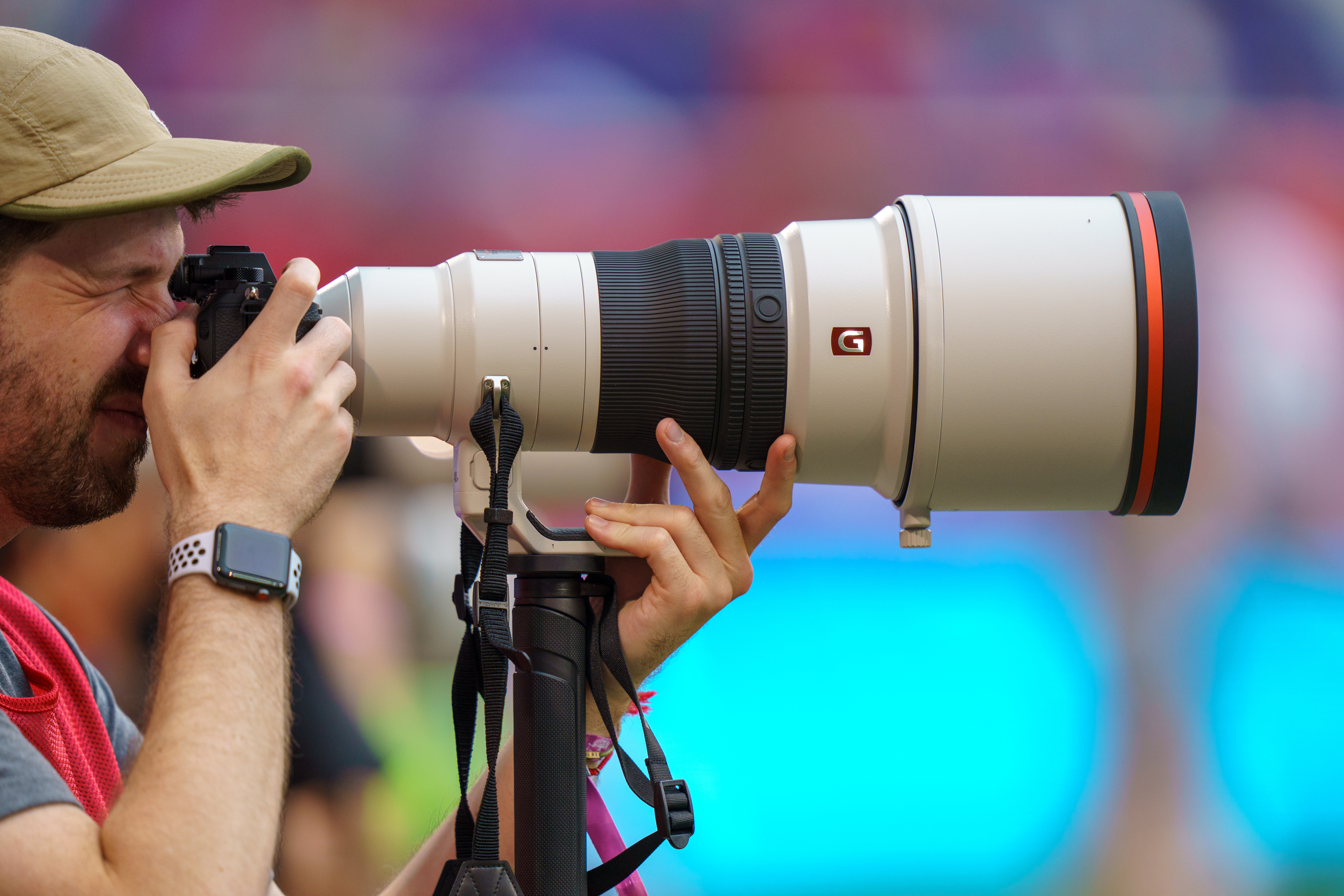 Photography News Rick Rea Sony Fe 400mm F28 Gm Oss Lens As You Would Expect For 12000 The Has Image Stabilization With Three Different Modes Various Sports Action Scenarios It Also A Customizable