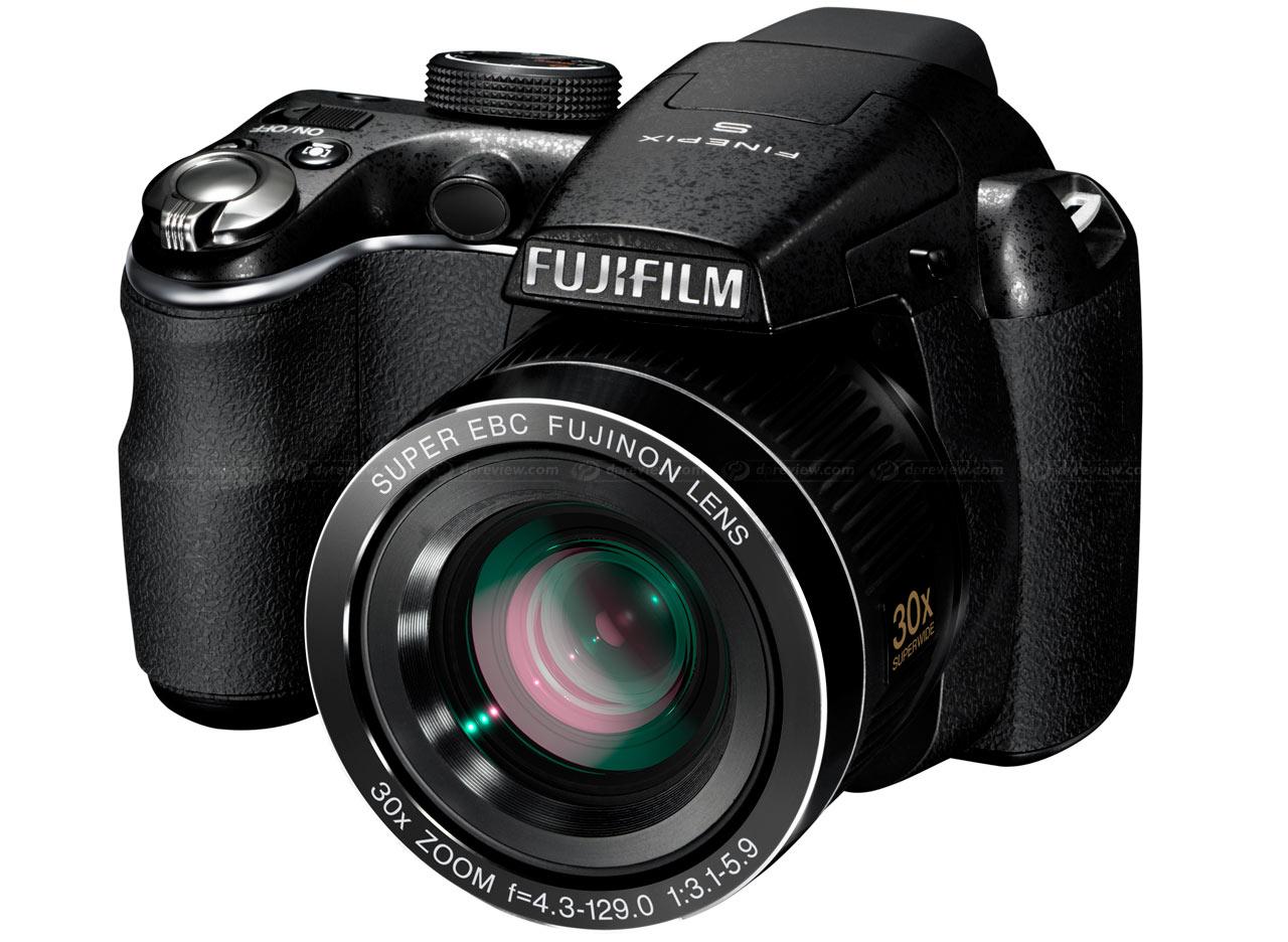 Two new super-zoom bridge cameras from Fujifilm