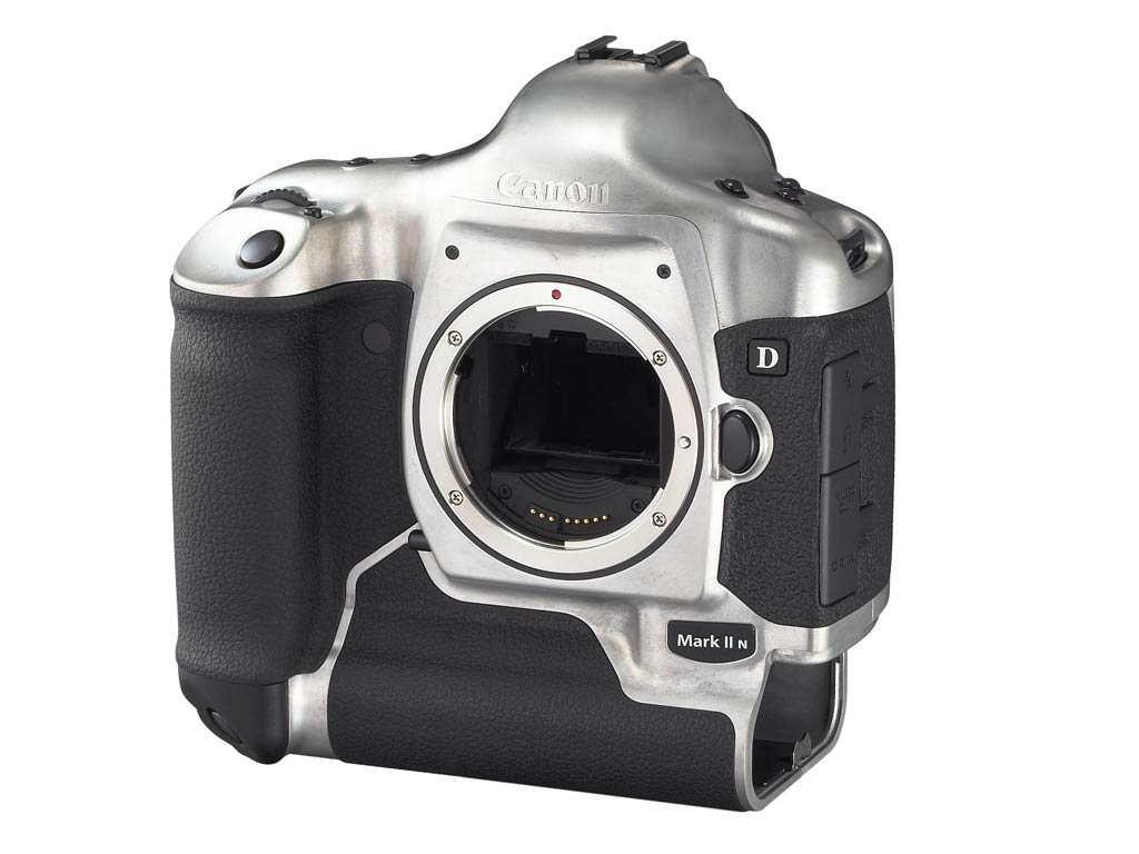 ... Canon EOS-1D Mark II N