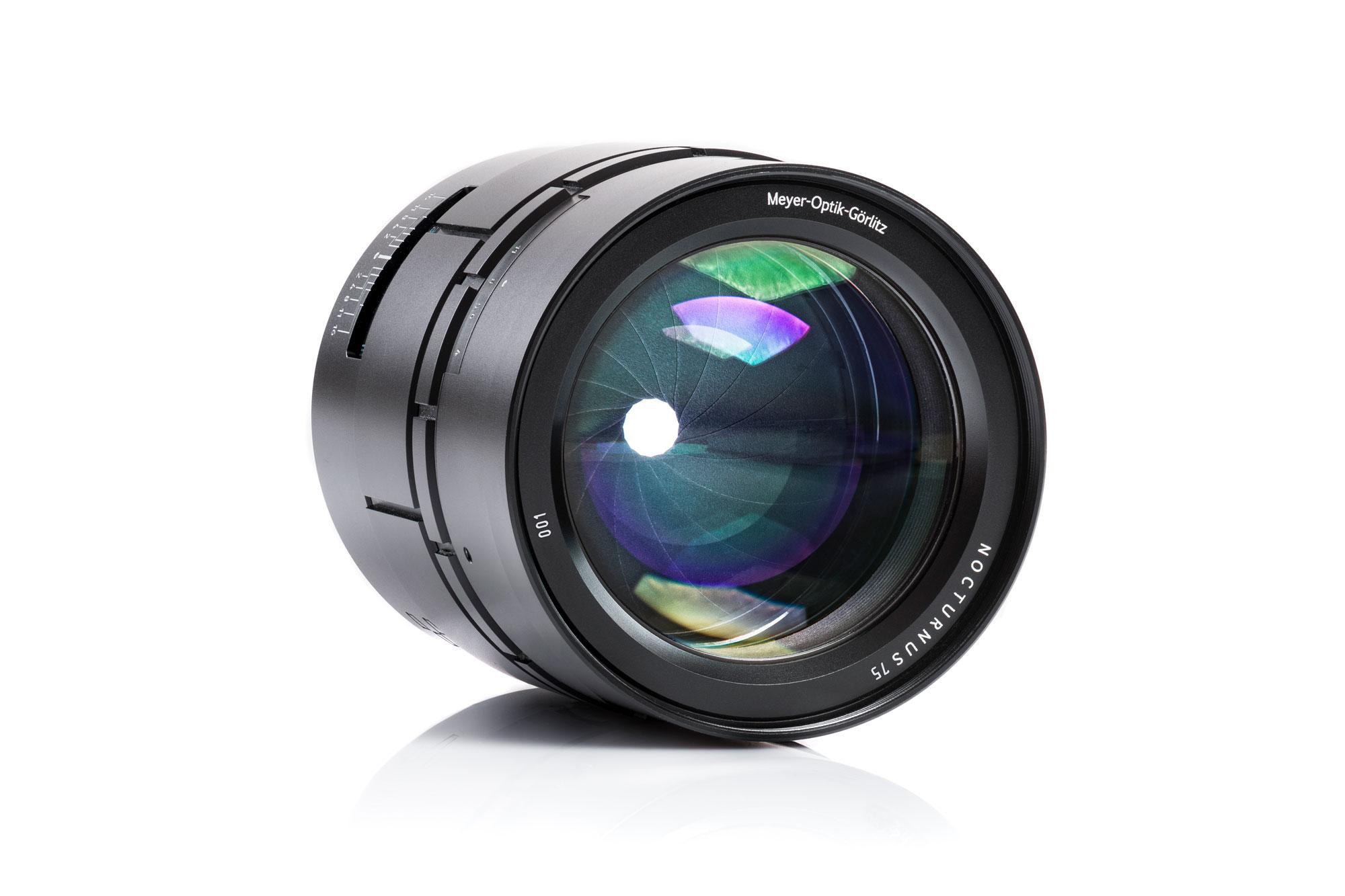 Kết quả hình ảnh cho Nocturnus 75 f/0.95 IIlenses for Sony E-mount.