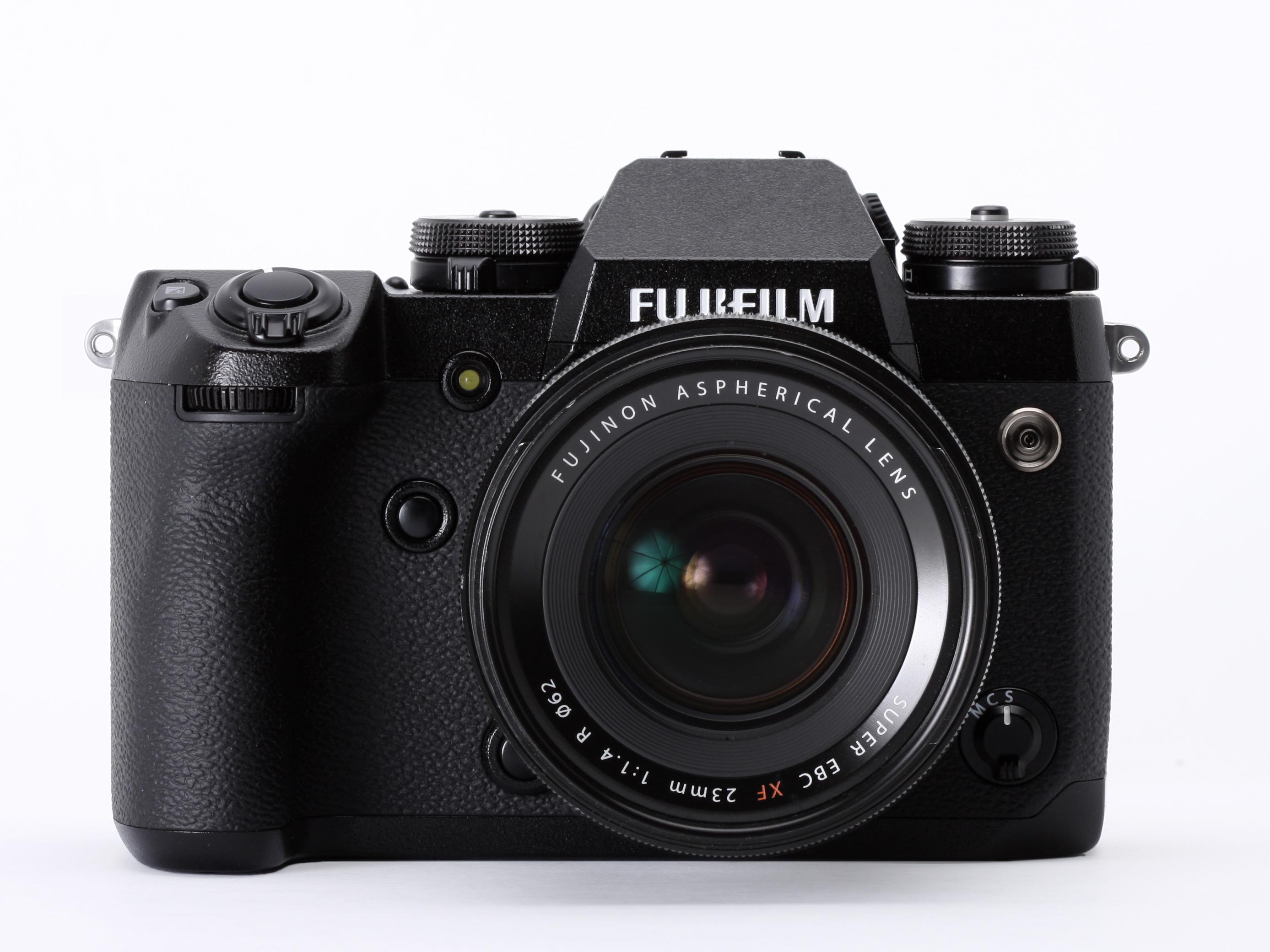 Kết quả hình ảnh cho Fujifilm XH1 vs Panasonic GH5 vs Sony A7SII Comparison