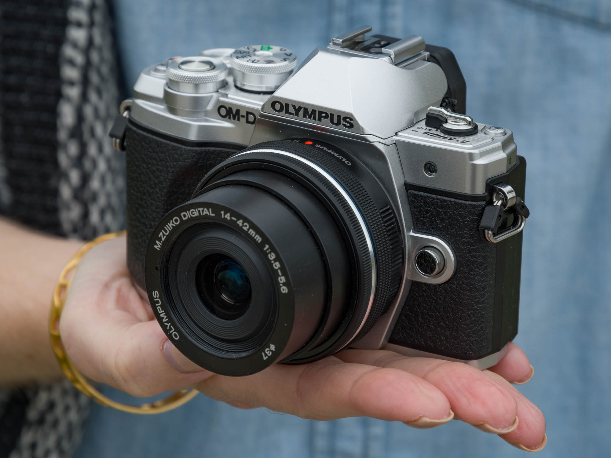 Hands On With The Olympus Om D E M10 Mark Iii Ii Kit 14 42mm Ez Silver Will Be Available Soon For 64999 Body Only Or 79999 Power Zoom What Do You Make Of It