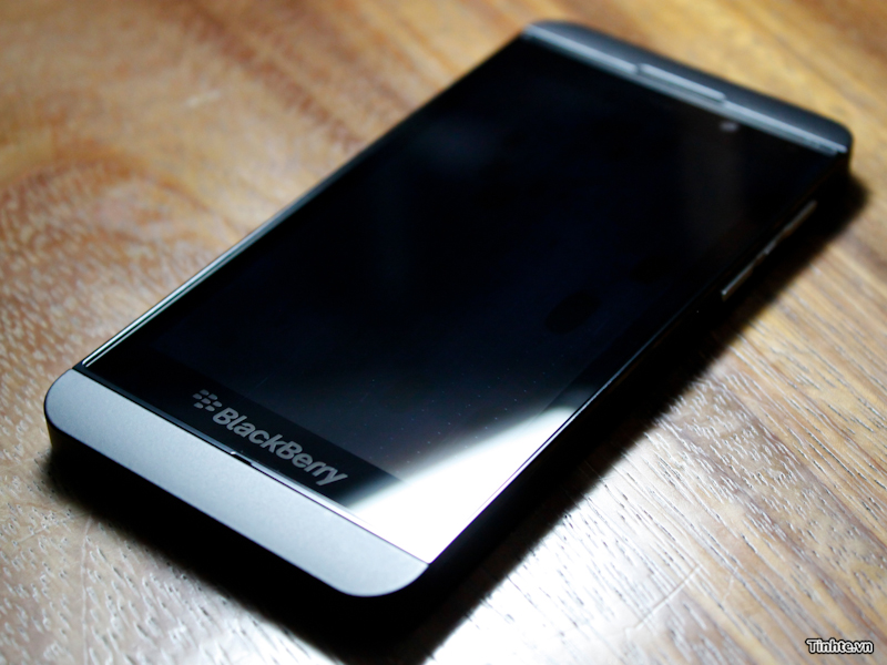 BlackBerry 10: Worth the OS switch?: Digital Photography Review
