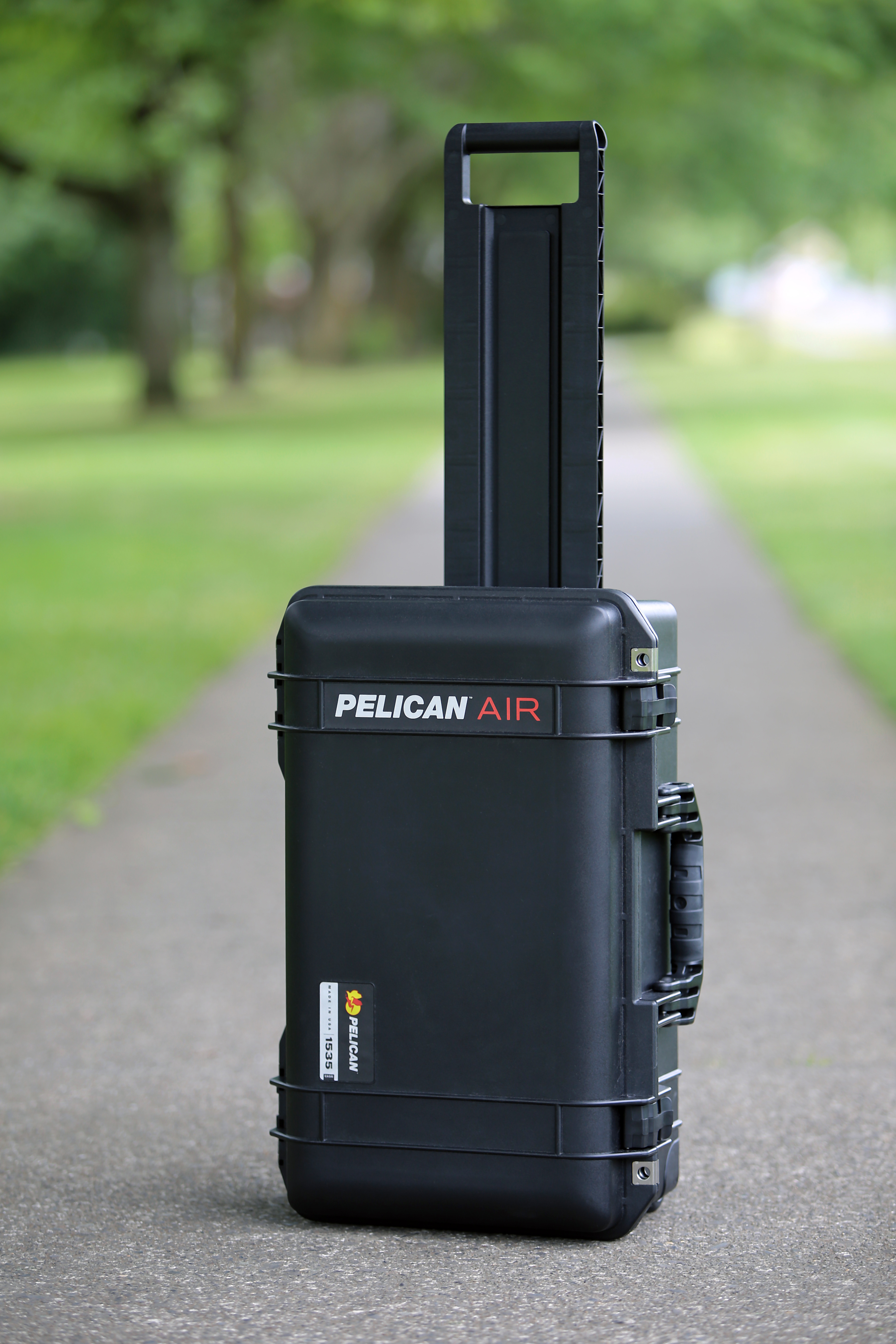 Pelican Air 1535 Rolling Hard Case with TrekPak Dividers ...