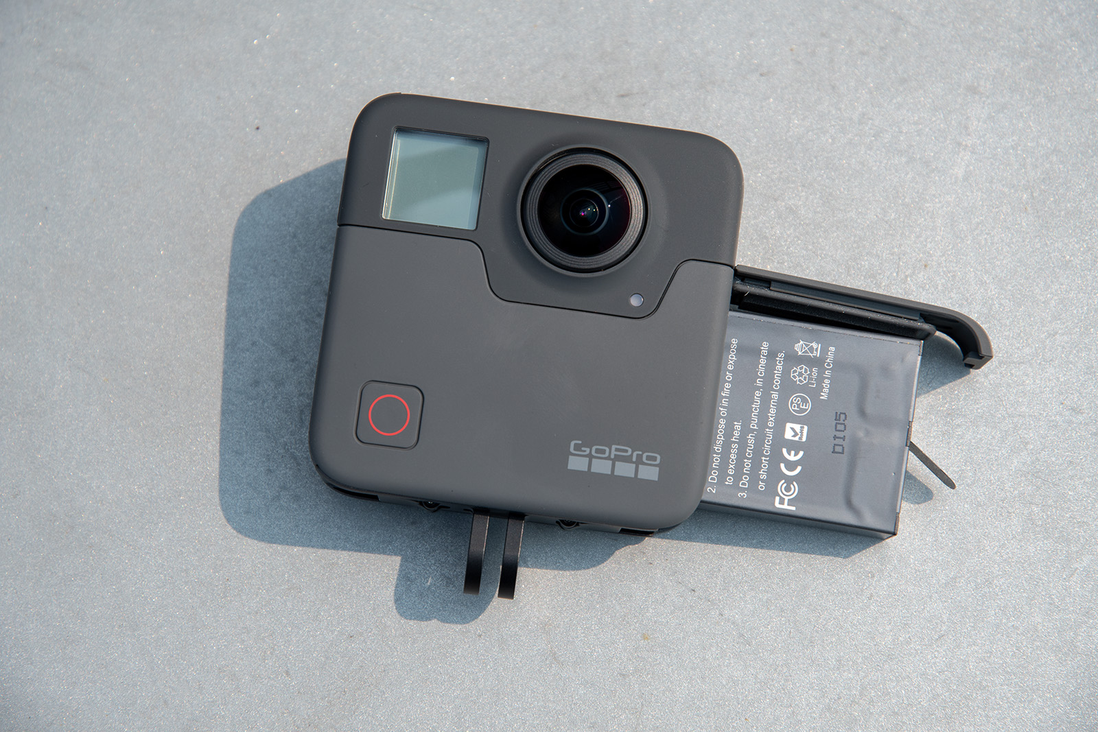 Review The Gopro Fusion Is A Different Kind Of Action Camera Flash Circuit Digital Cameras Buy An Extra Battery Its Hard To Keep Both Charged For Longer Outings In My Experience Provided Respectable 60 70 Minutes Shooting