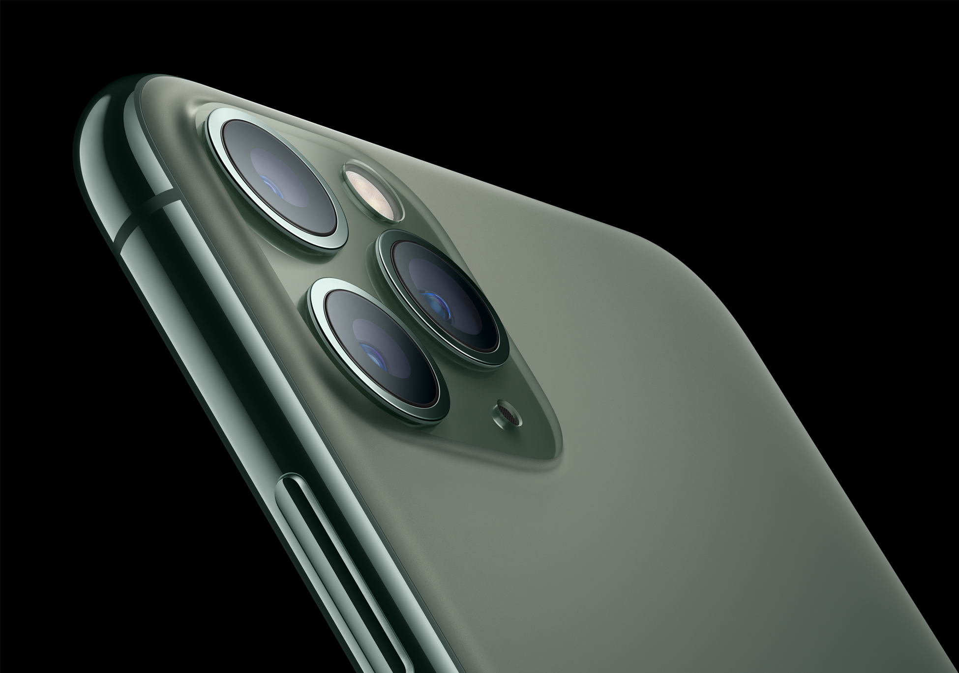 The Ultra Wide Camera In The Iphone 11 Models Is Fixed Focus