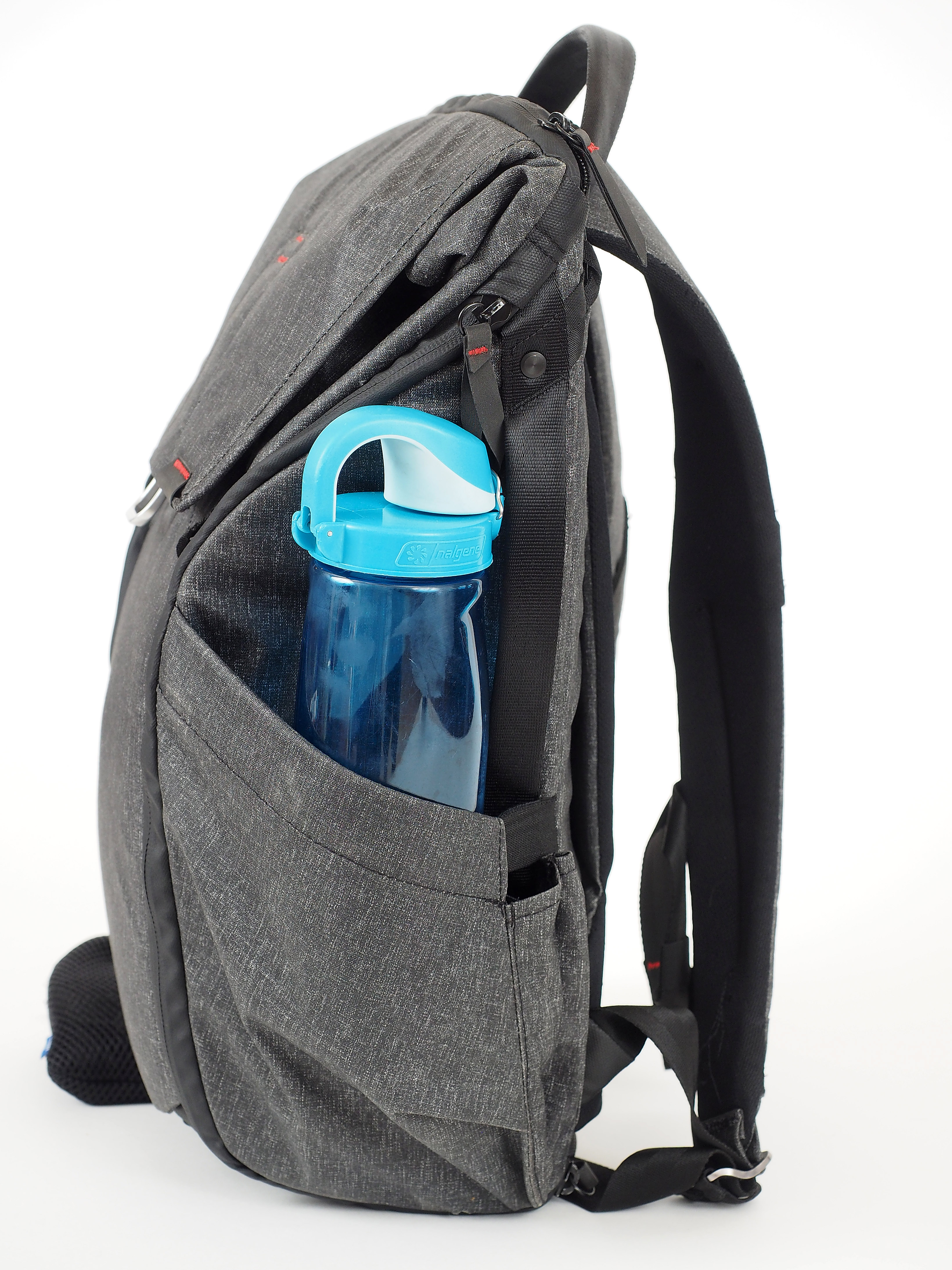 The external side pockets are really useful for both water bottles and  things like tripods. However baeba66166e5f