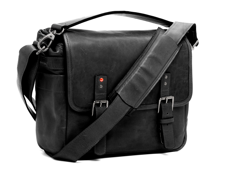 24c05cf257ad Ona introduces black version of the Leica M edition Berlin ll bag ...