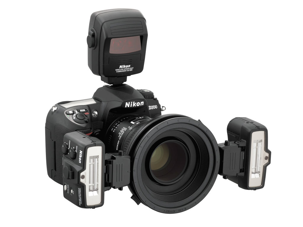 Nikon remote speedlight and commander digital photography review nikon expands the creative lighting system with the launch of the sb r200 remote speedlight and su 800 commander unit baditri Images