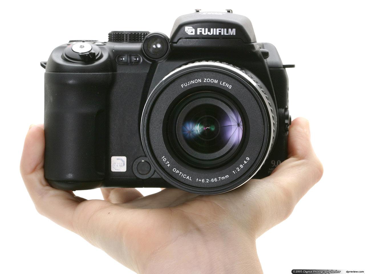Fujifilm FinePix S9000 / S9500 Review: Digital Photography